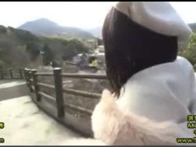 可愛い清楚系の美女が彼氏と旅行中にイチャラブ撮影!シコシコ必須の映像