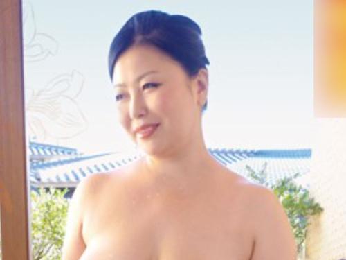 <熟女>「ゆっくりしましょ。。。良いでしょ?。。。♡」淫乱な女との逃避行。。二人だけの世界で愛をはぐくむ