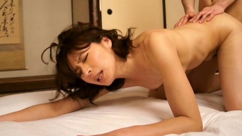 「矢部寿恵」美人熟女の母親が素人男性に犯される。バック・騎馬位・フェラしてセックス最高!!!
