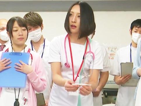 〈即シコ確定⁈〉「こっこう?」美形な女性が看護実習で羞恥エロ展開へ